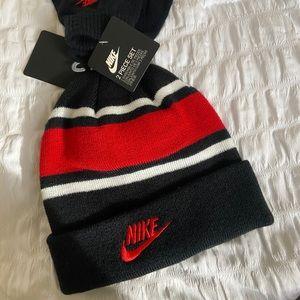 NWT Nike Boy's Beanie & Gloves